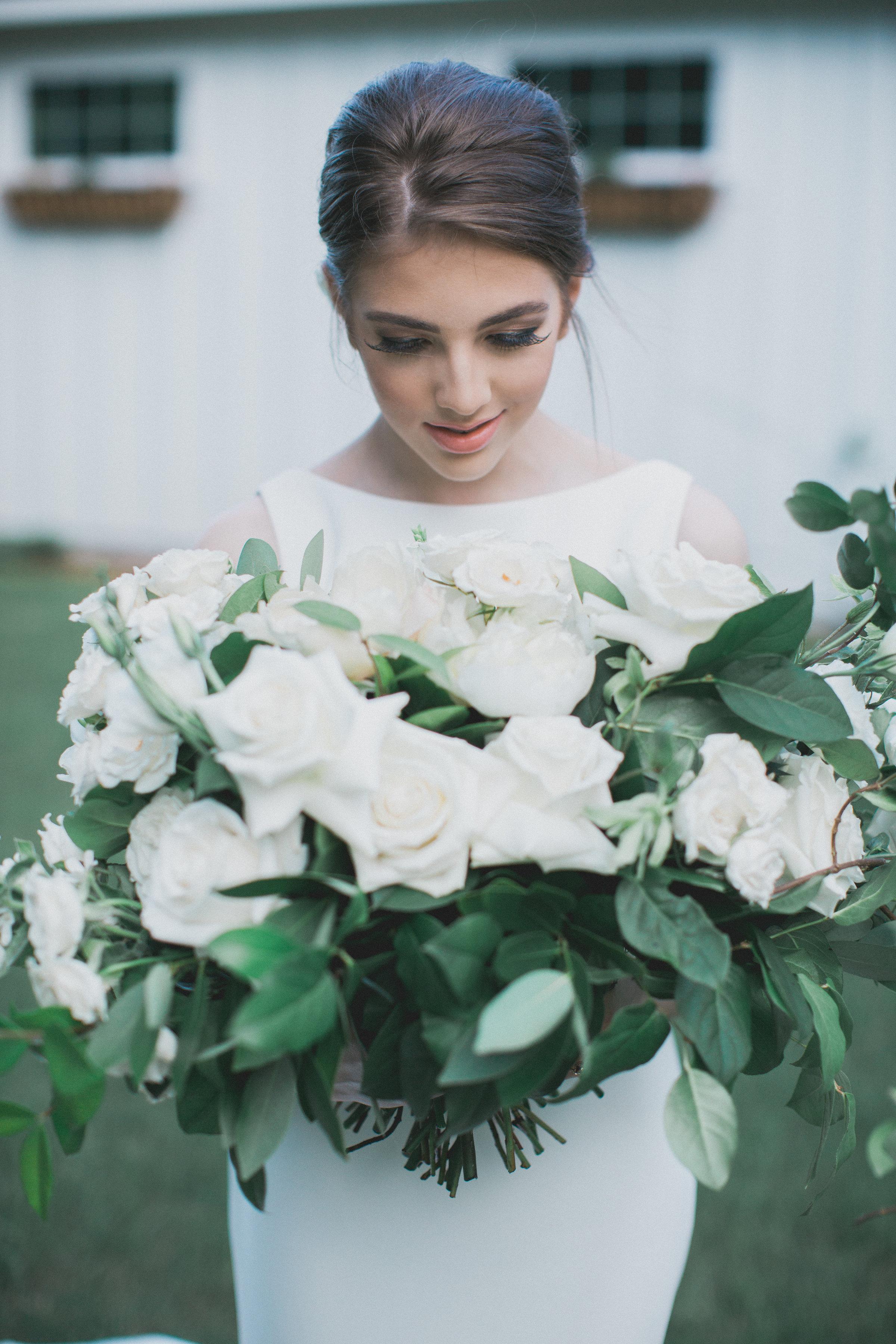 All White Wedding Inspiration | Southern Summer White Barn Wedding in Dallas, TX