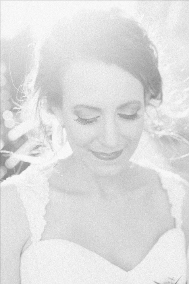 Bridal Portrait Inspiration |Maroon and Navy Rustic Winter Wedding in Fort Worth, TX