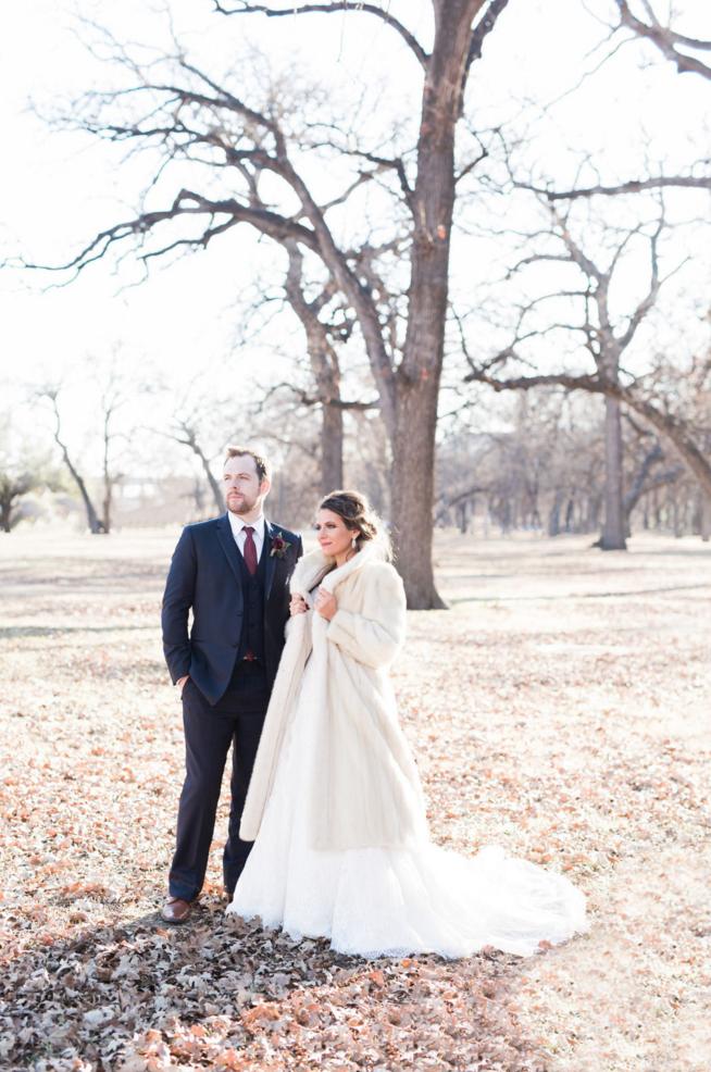 Winter Bride Fur Coat Inspiration | Maroon and Navy Rustic Winter Wedding in Fort Worth, TX