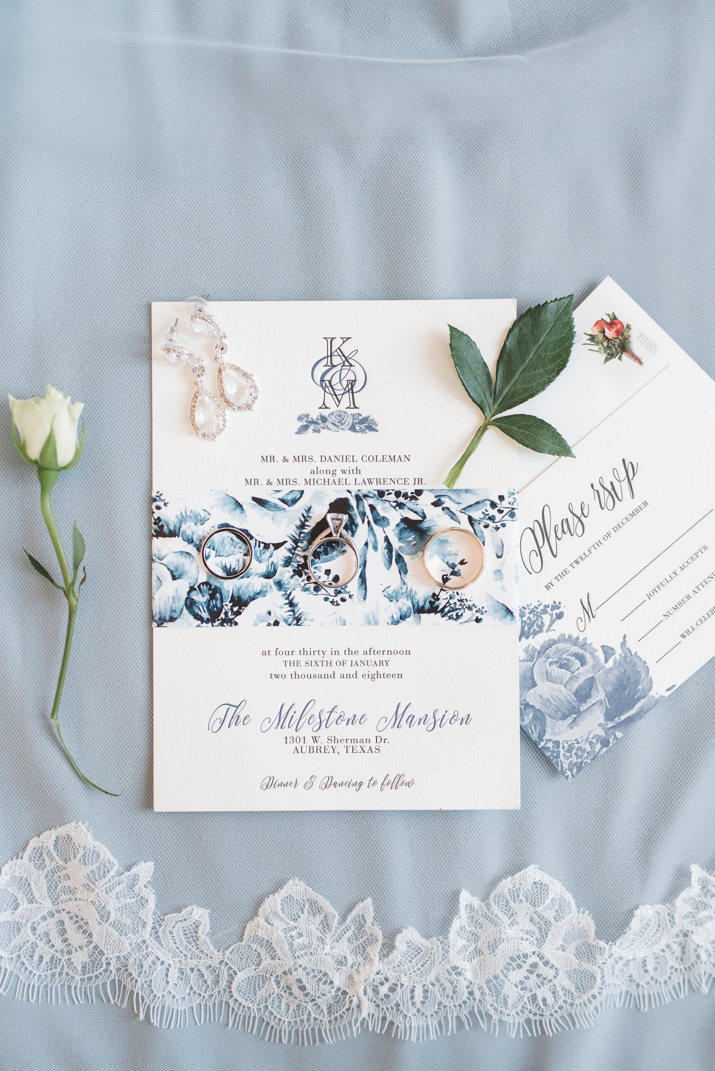Blue and White Modern Wedding Invitations | Rose Gold and Dusty Blue Winter Wedding in Dallas, TX