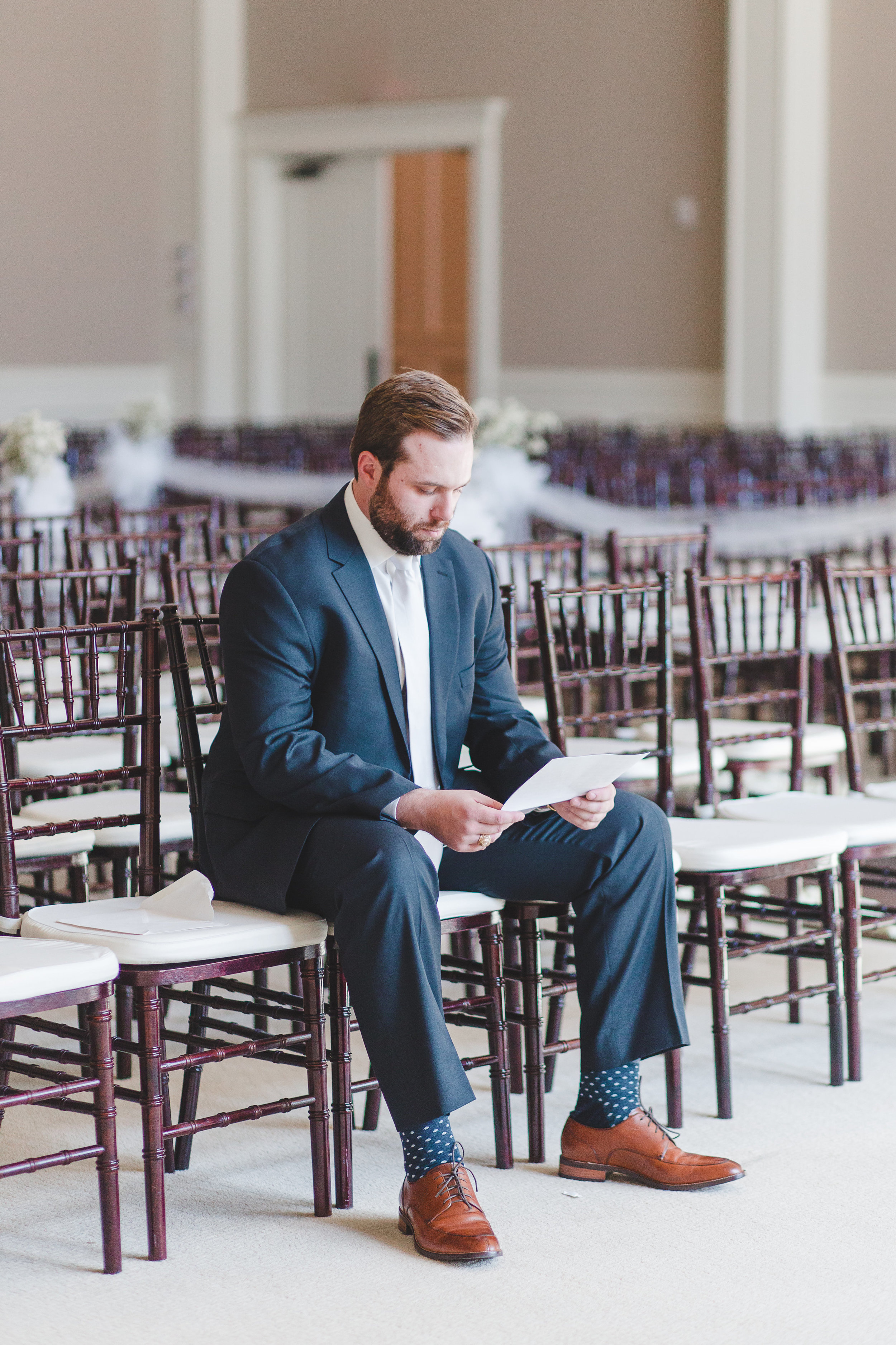 Reading Letters on Your Wedding Day | Rose Gold and Dusty Blue Winter Wedding in Dallas, TX