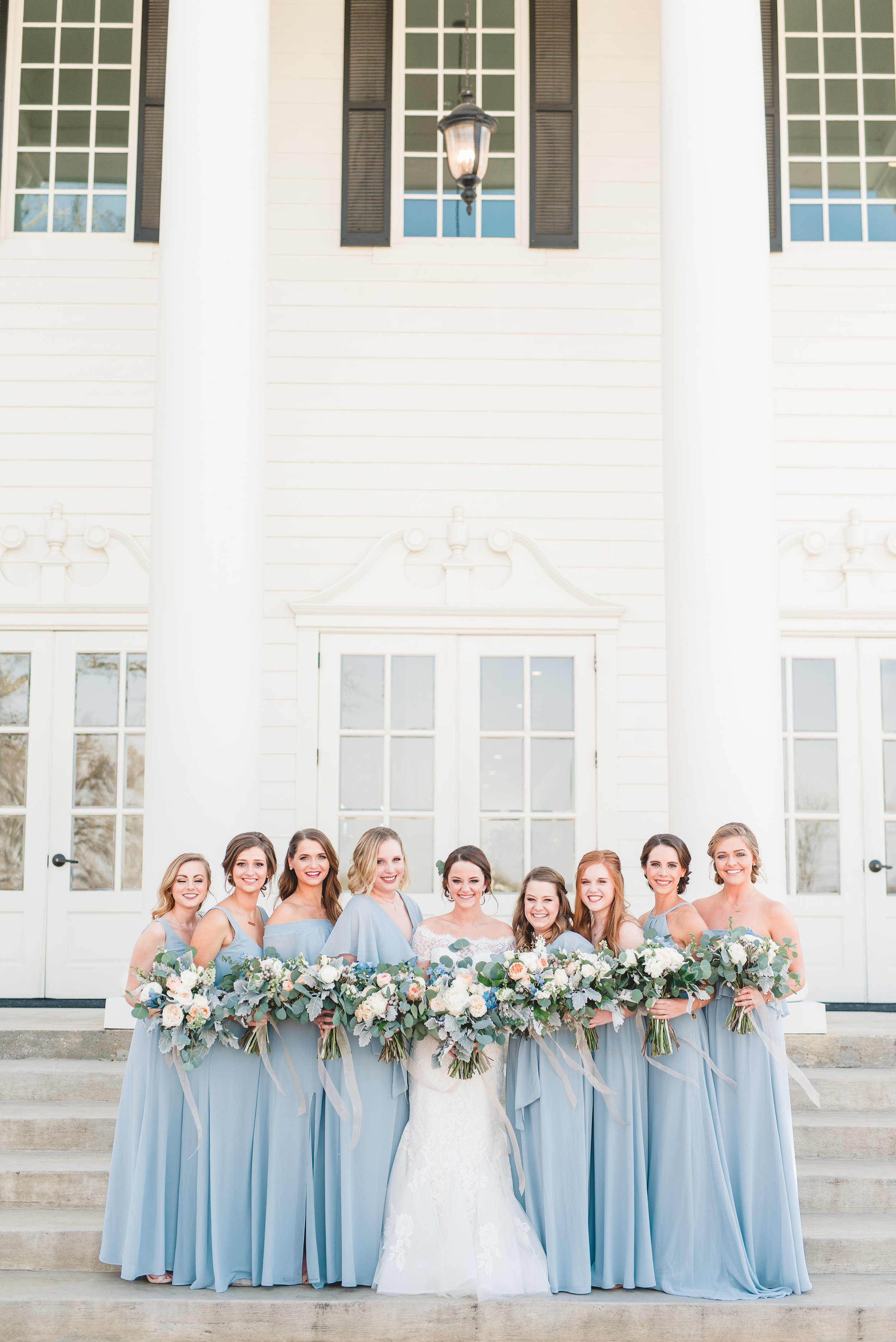 White Mansion Southern Wedding | Rose Gold and Dusty Blue Winter Wedding in Dallas, TX