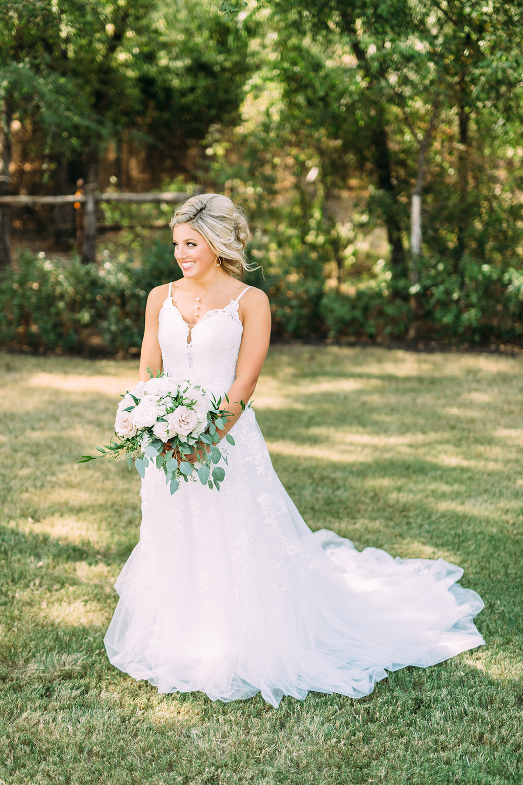 guide to finding the perfect wedding dress