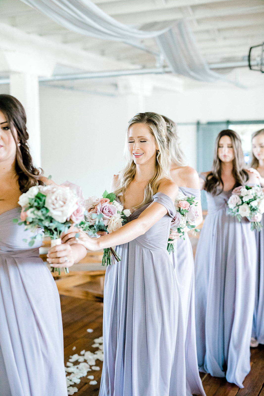 bridesmaids first look.jpg