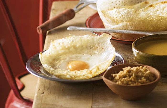 Egg hoppers for breakfast at Amba Estate.