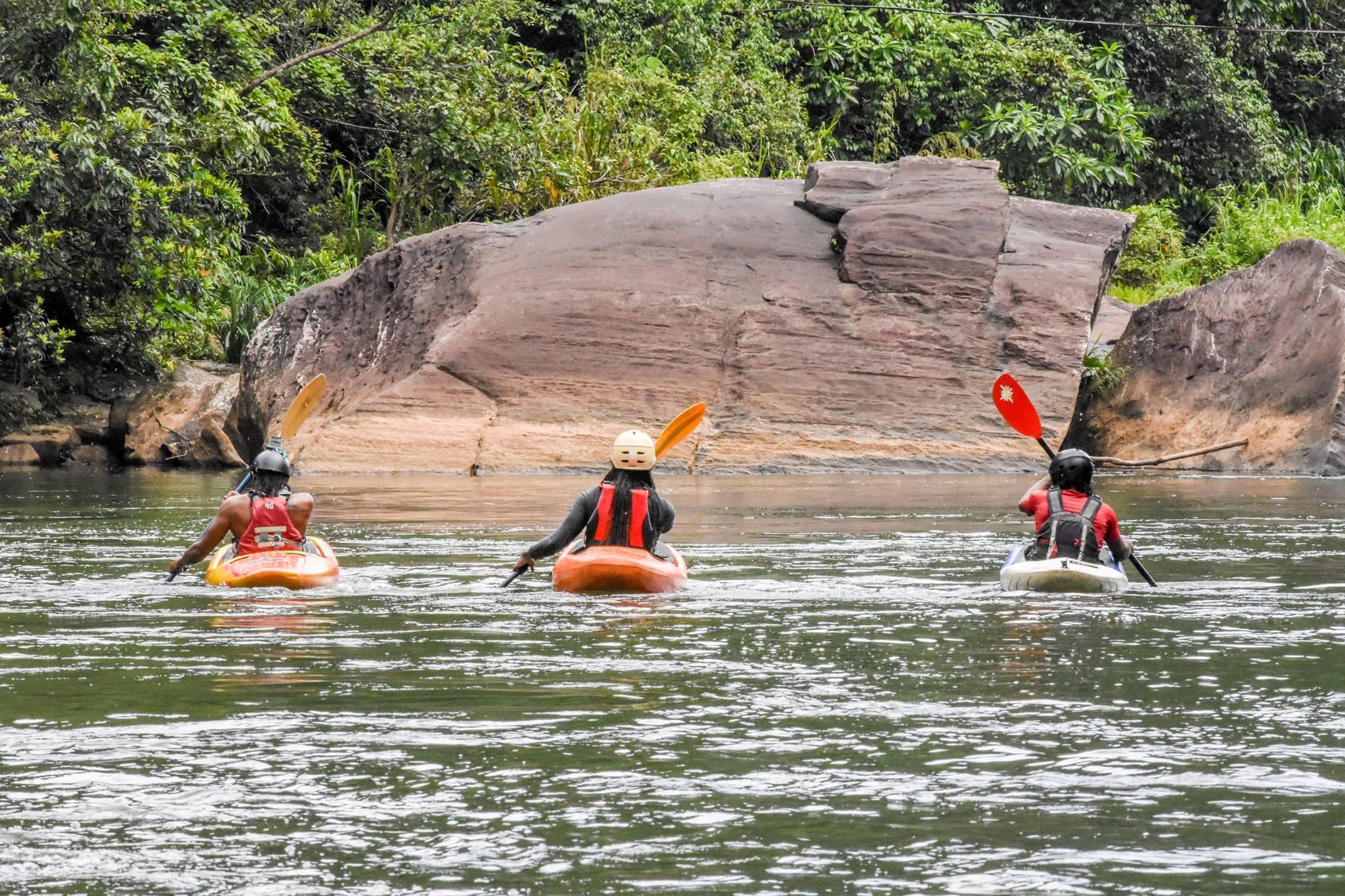 White Water Kayaking Lessons Sri Lanka