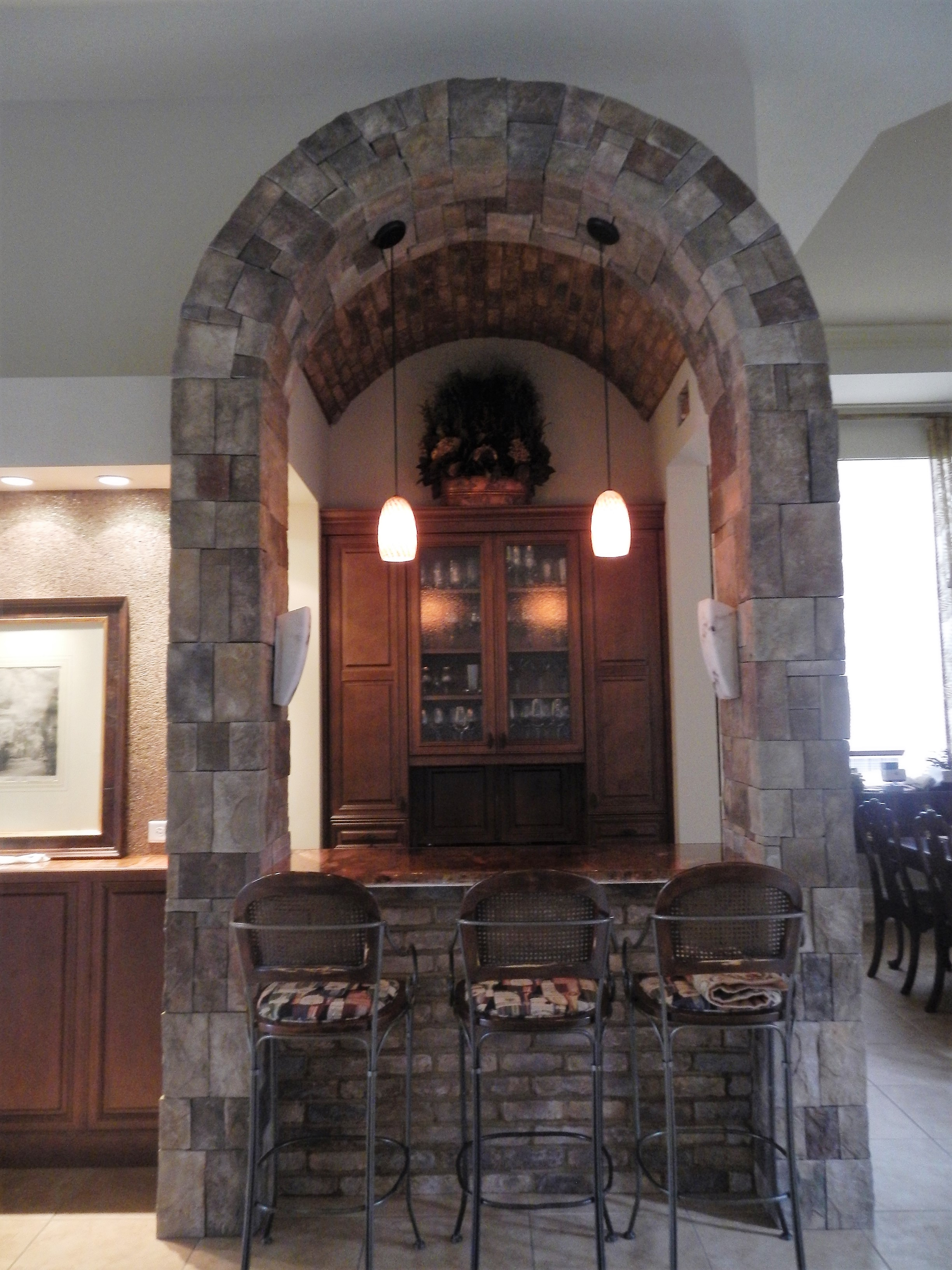 Stone Arch Bar