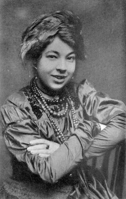"Pamela Colman ""Pixie"" Smith circa 1912"