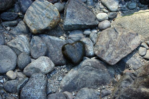heart-stones-laura-pallatin-flikr.jpg