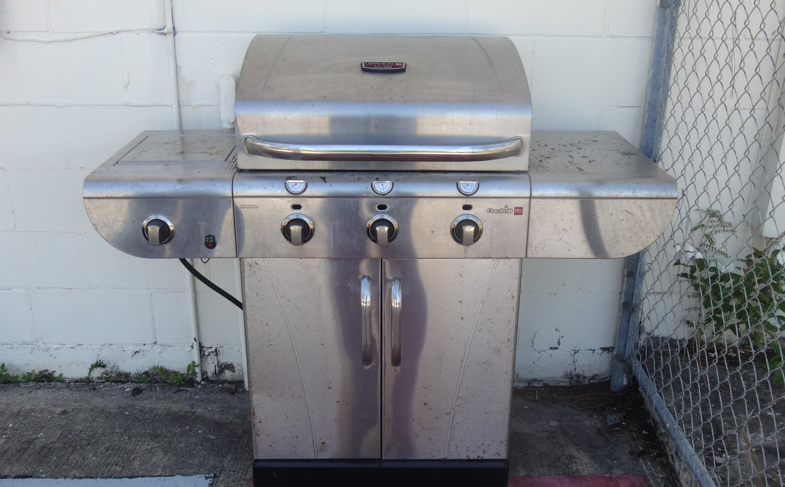 This 3 burner grill was donated by one of our Scouts... Tim Flay.
