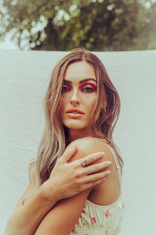 Photographer: Jessibeth Peters Model: KT Tarr (Heyman Talent)