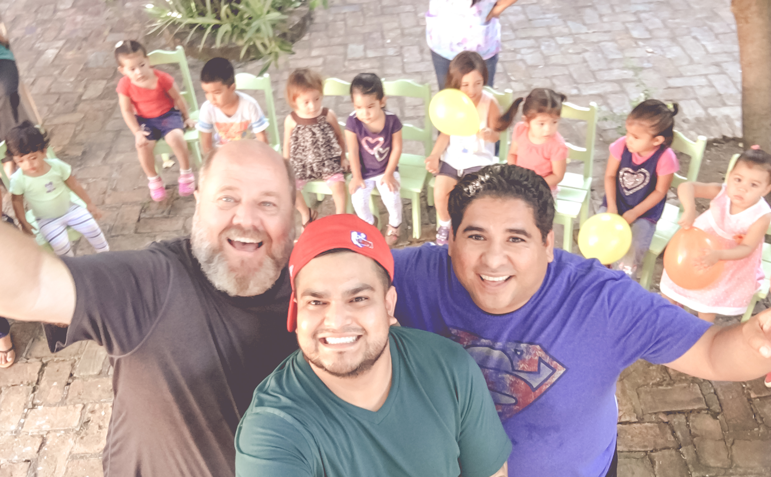 Tim-NLN, Jorge-Pinolero.com and JR INN - YouTube