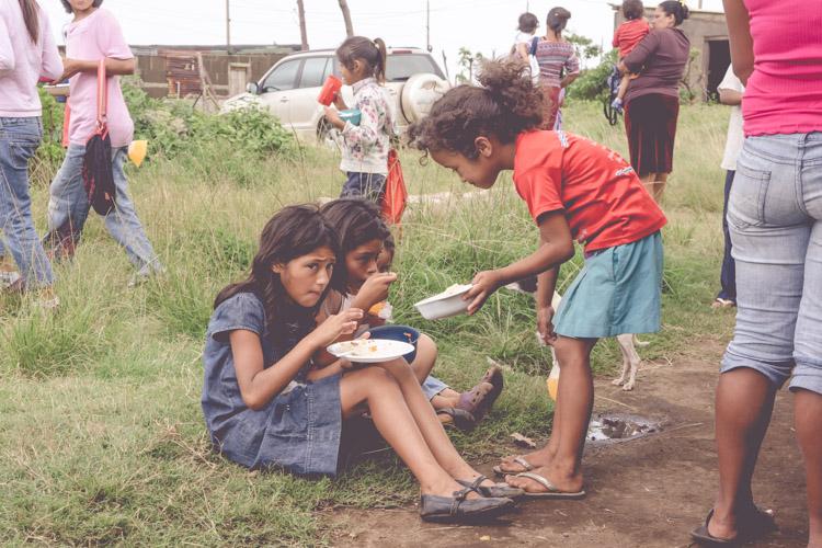 new-life-church-feeding-program-discipleship-el-crucero-nicaragua