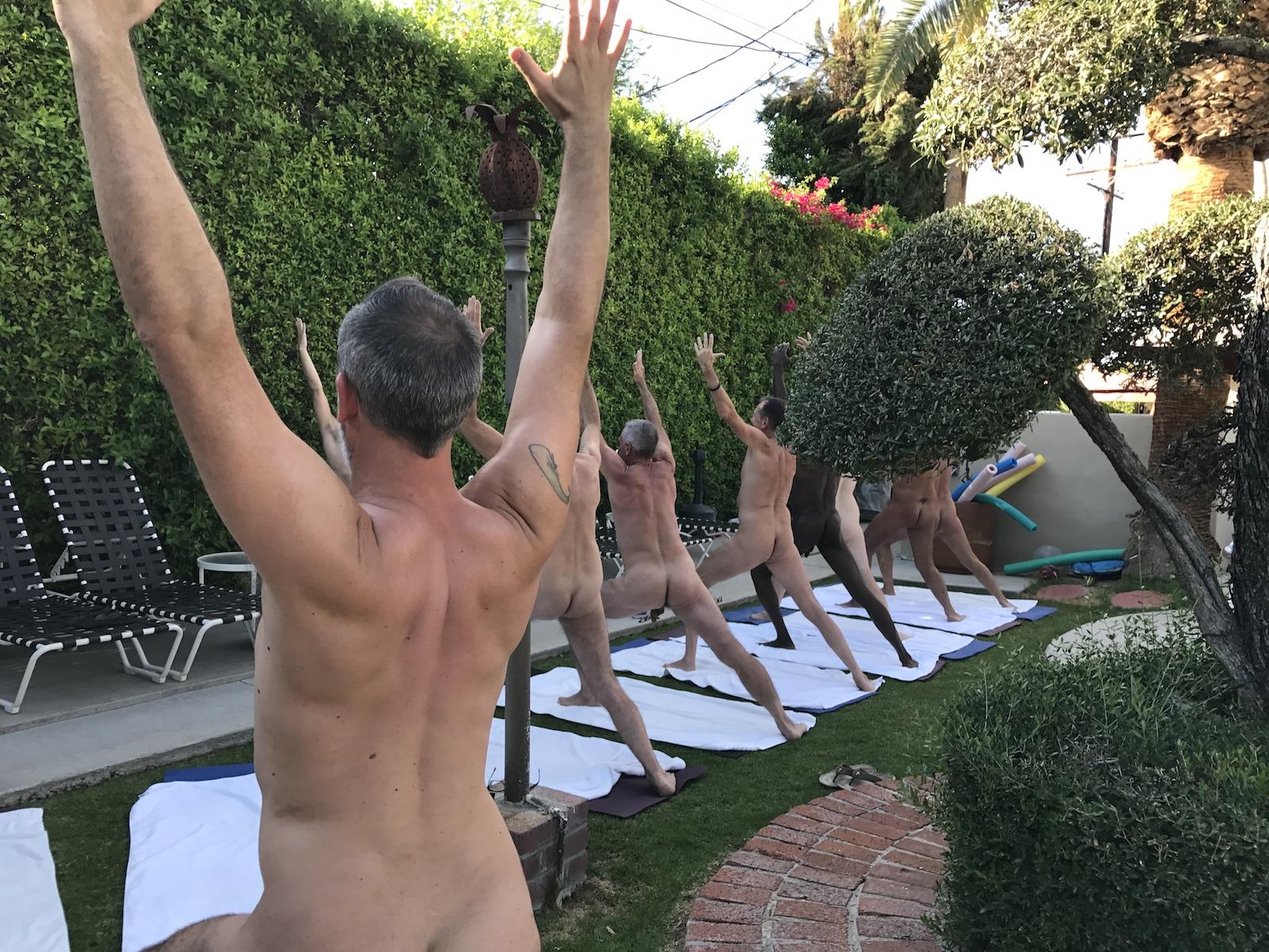 Naked yoga 2017 IMG_0855.jpg