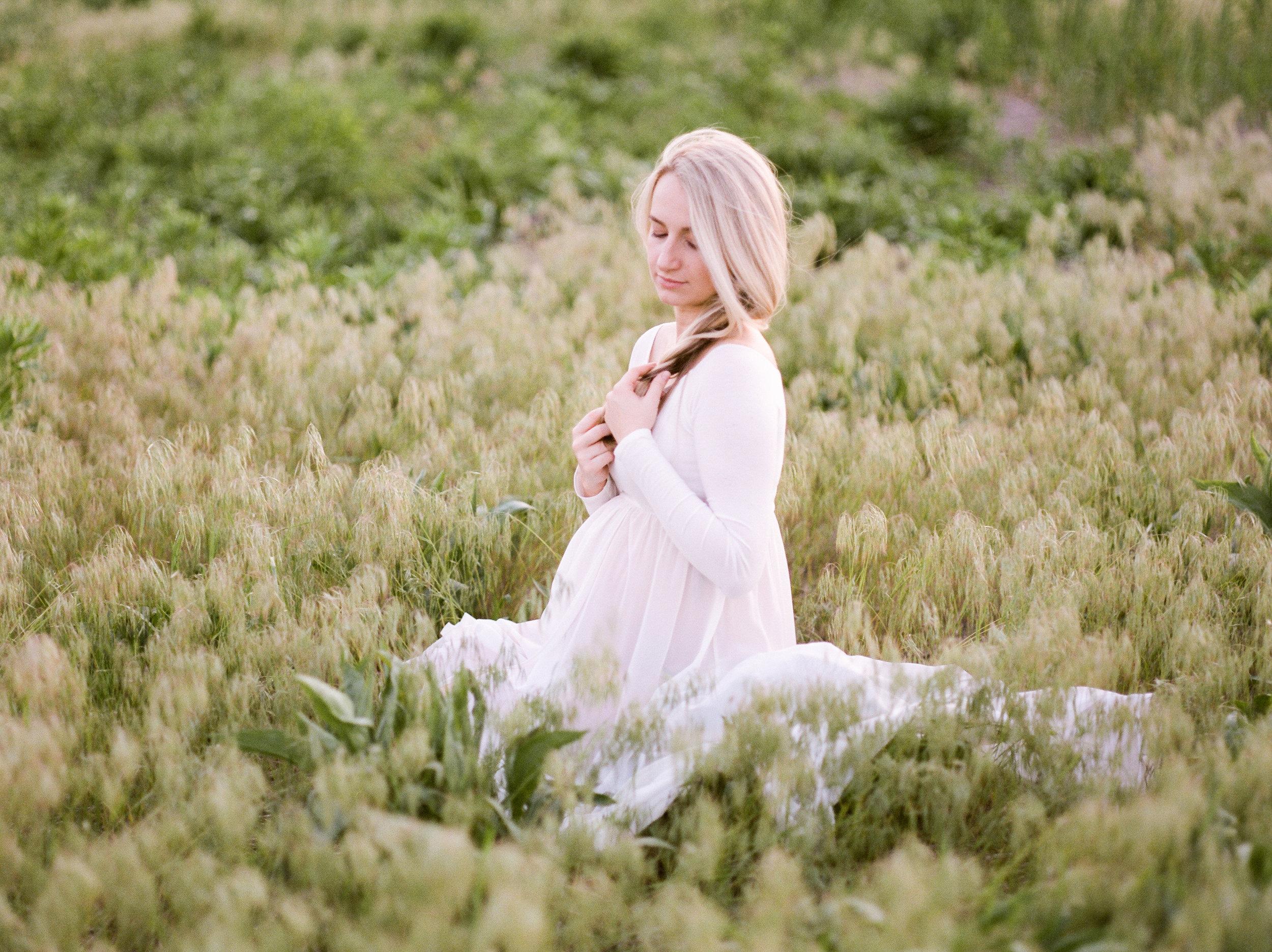 olya_vitulli_photography_martyna_maternity-1-8.jpg
