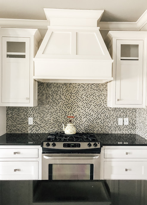 modern-farmhouse-traditional-tiny-bits-of-happiness-meredith-arkansas-bentonville-interior-design-fixer-upper-magnolia-decor-neutral-antique