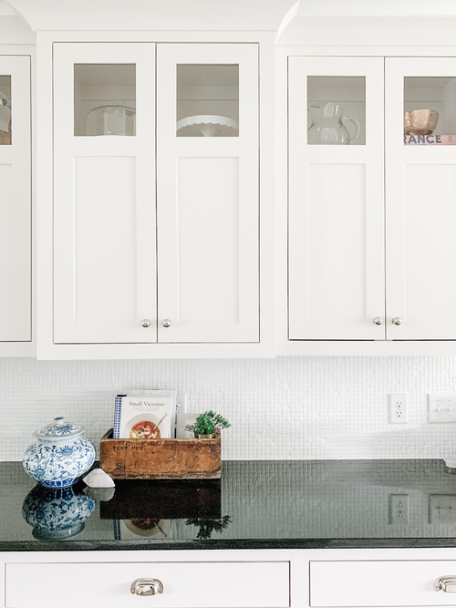 How To Paint Your Tile Backsplash, Can U Paint Glass Tiles
