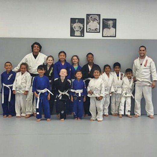 judo group pic.jpg