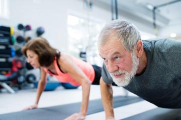 Older couple push-ups