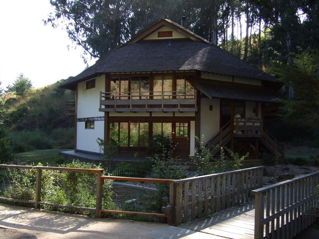 green_gulch_guesthouse.jpg