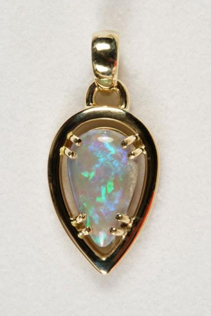 Opals-pendant-O0029-e1331468220257.jpg