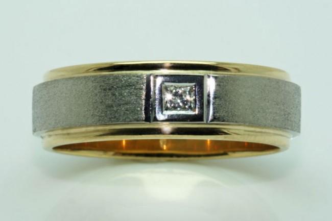 Mens-ring-0163-e1331468144962.jpg