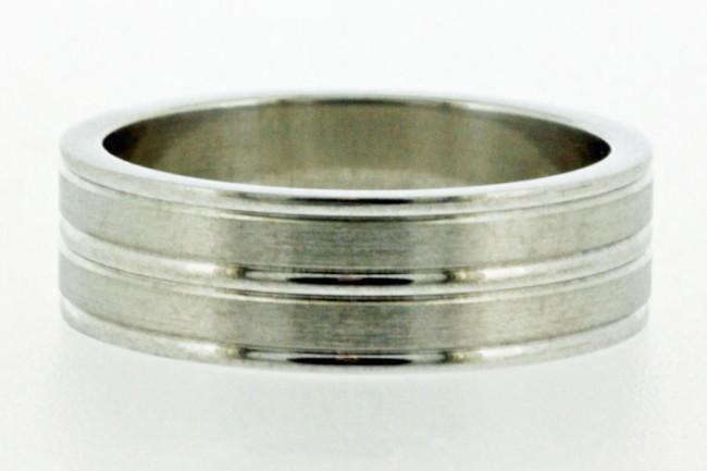 Mens-ring-4393-e1331468081420.jpg