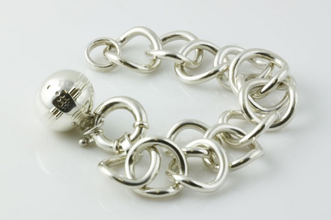 silver-bracelet-4118-e1331468880381.jpg