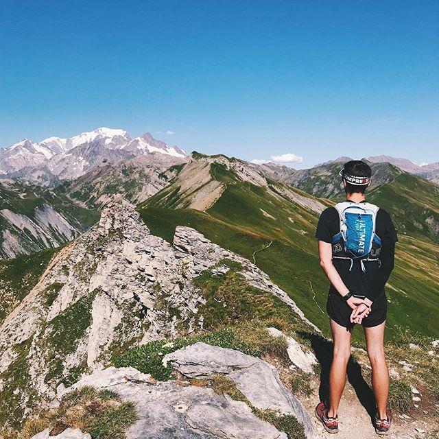 Chaque week-end c'est une nouvelle découverte dans ce terrain de jeu☀️👌 #beaufort #coldelalauze #beaufortain #montagne #alpes #savoie #montblanc #savoiemontblanc #trailrunning