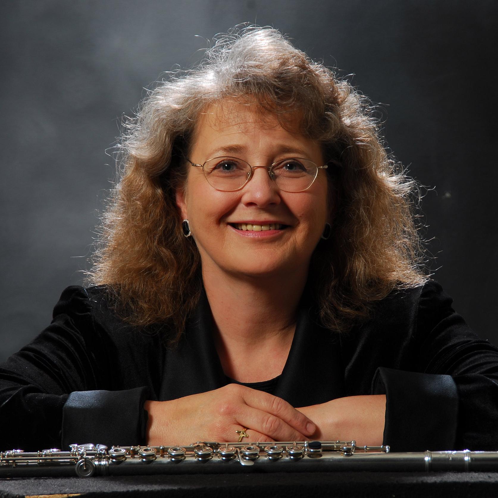 Peggy Doerrie , flute