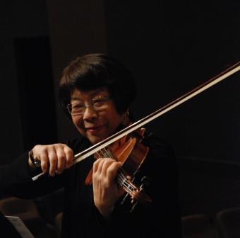 Stella Anderson, viola
