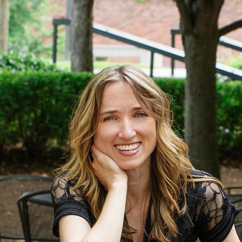Amy Grinsteiner, piano