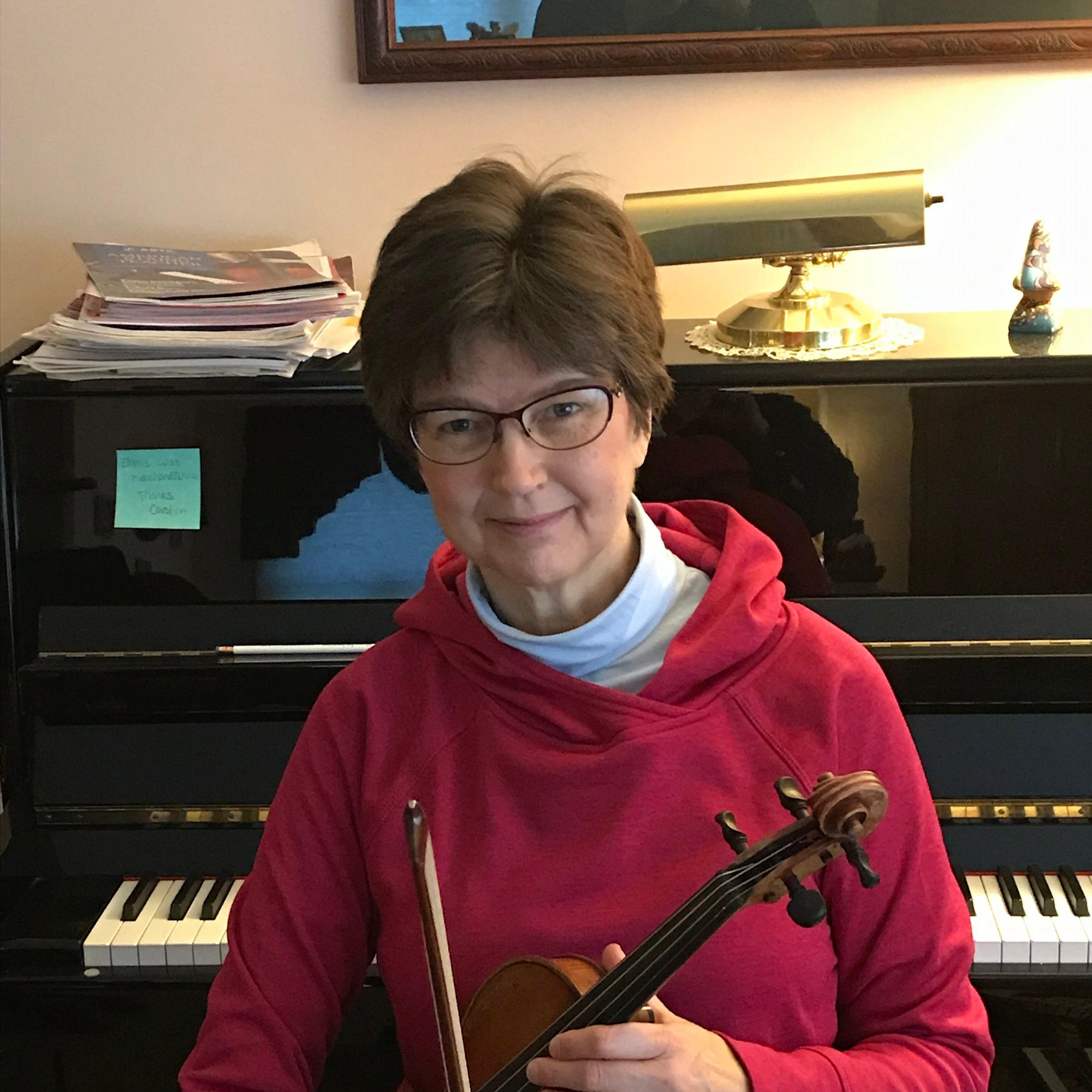 Carolyn Liptak, violin