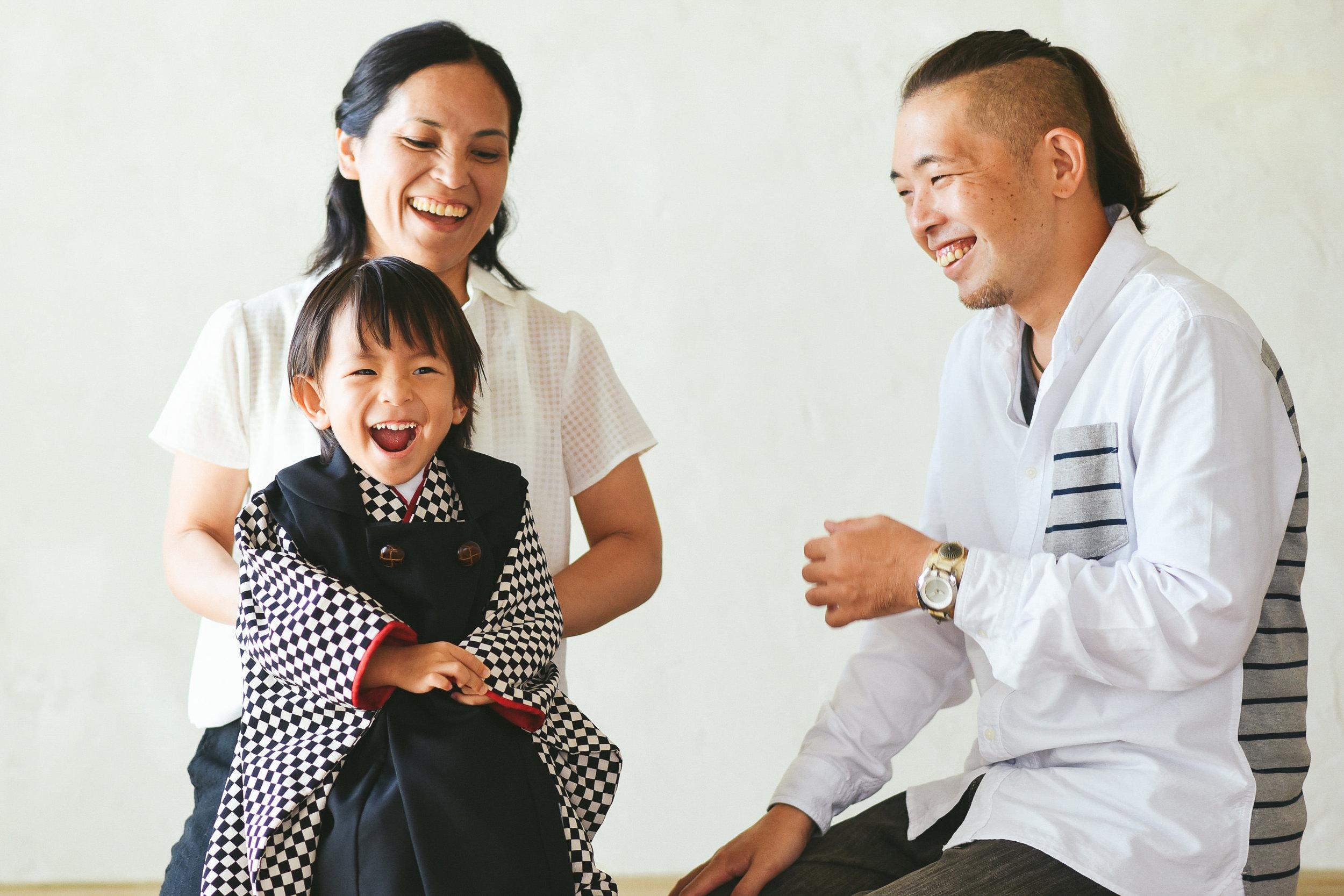 沖縄家族写真.jpg