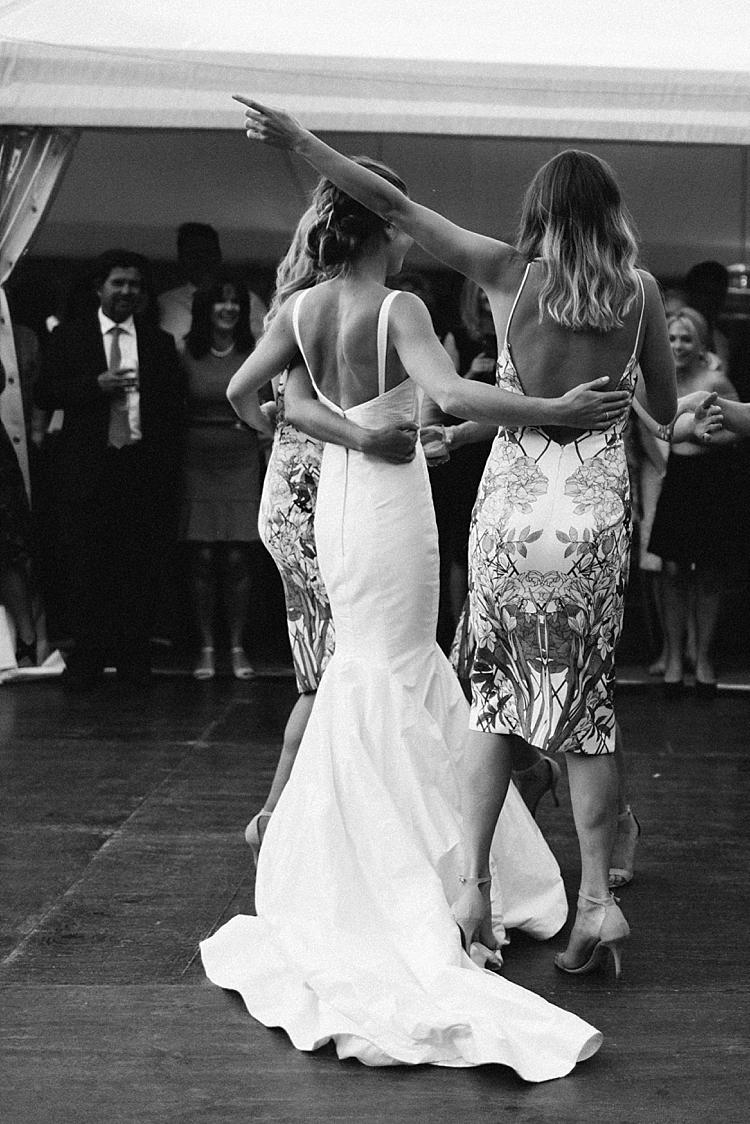 candid_wedding_photographer_Siglo_Melbourne_0398.jpg