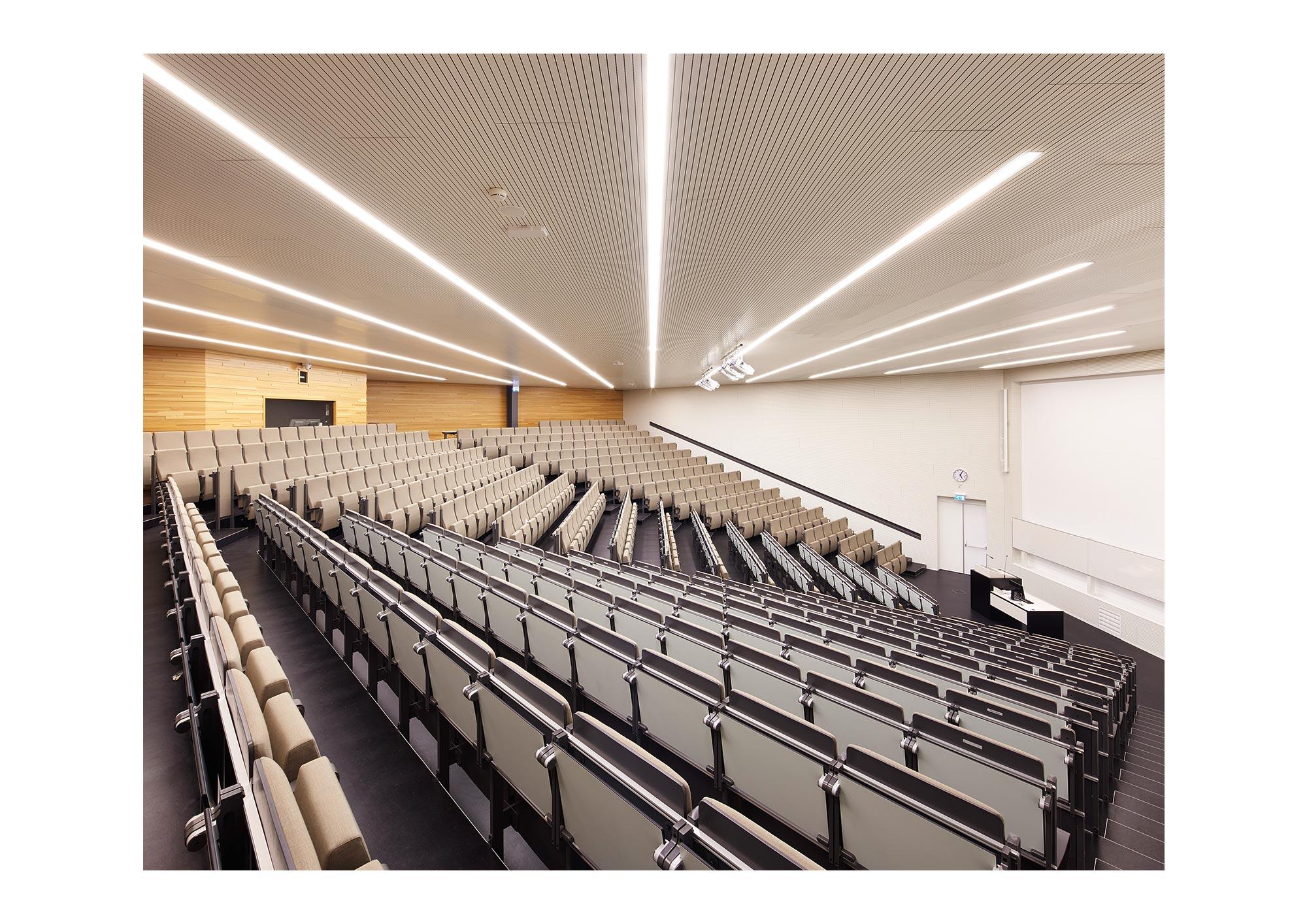 Piet Niemann Architectural Photographer Hamburg Germany Nijmegen Netherlands / Architekturfotograf Hamburg Deutschland Nimwegen Niederlande / Grotiusgebouw Benthemcrouwel Architects