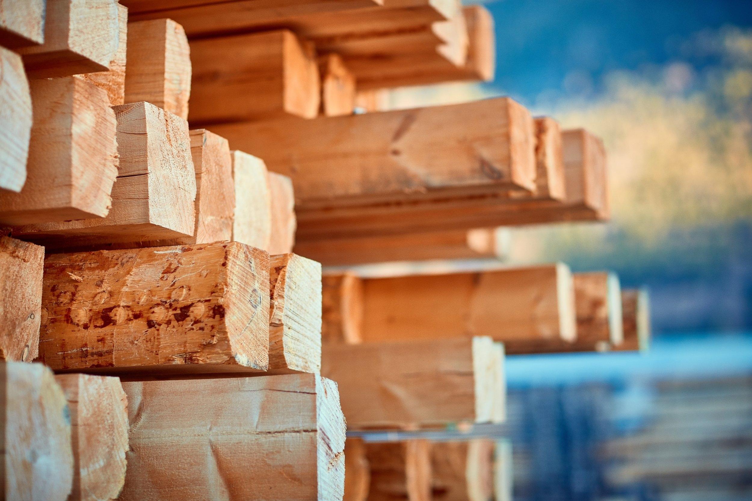 Trelast og byggevarer - Skjåk Trelast vidareforedlar skogen i Skjåk Almenning