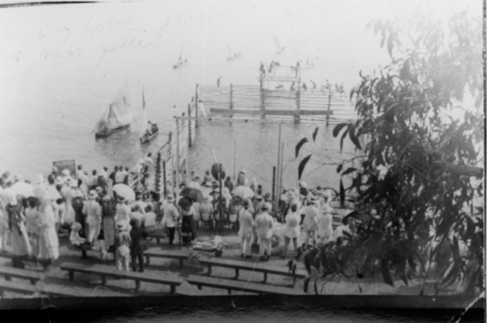Image: Image: Swimming Carnival near naval jetty, NTL, Peter Spillett Collection, ph0238_0151