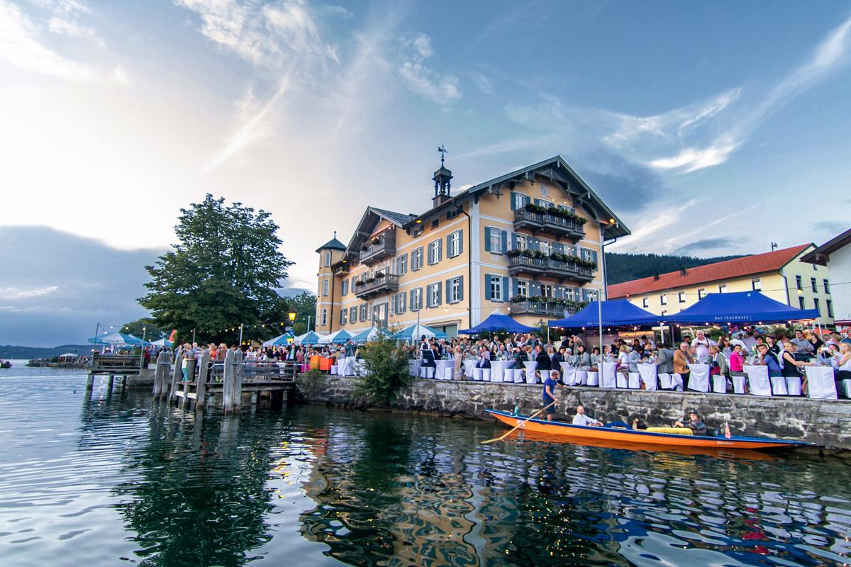rathaus-tegernsee-seefest.jpg