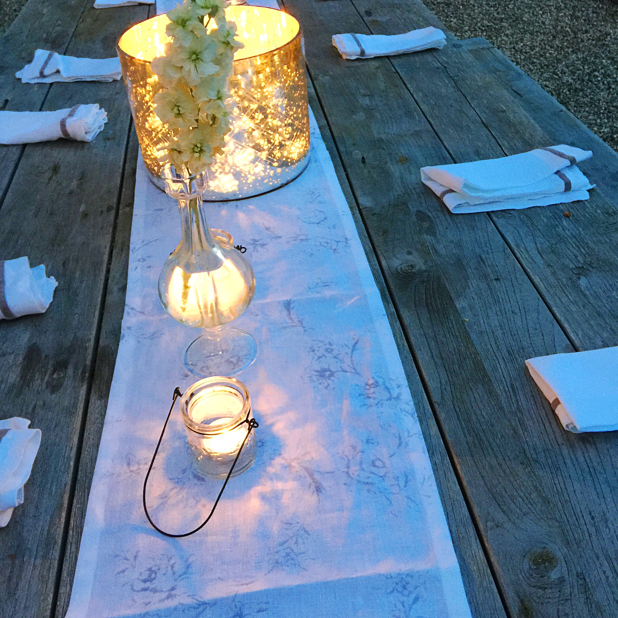 Setting the table outside (doesn't happen every year unfortunately)