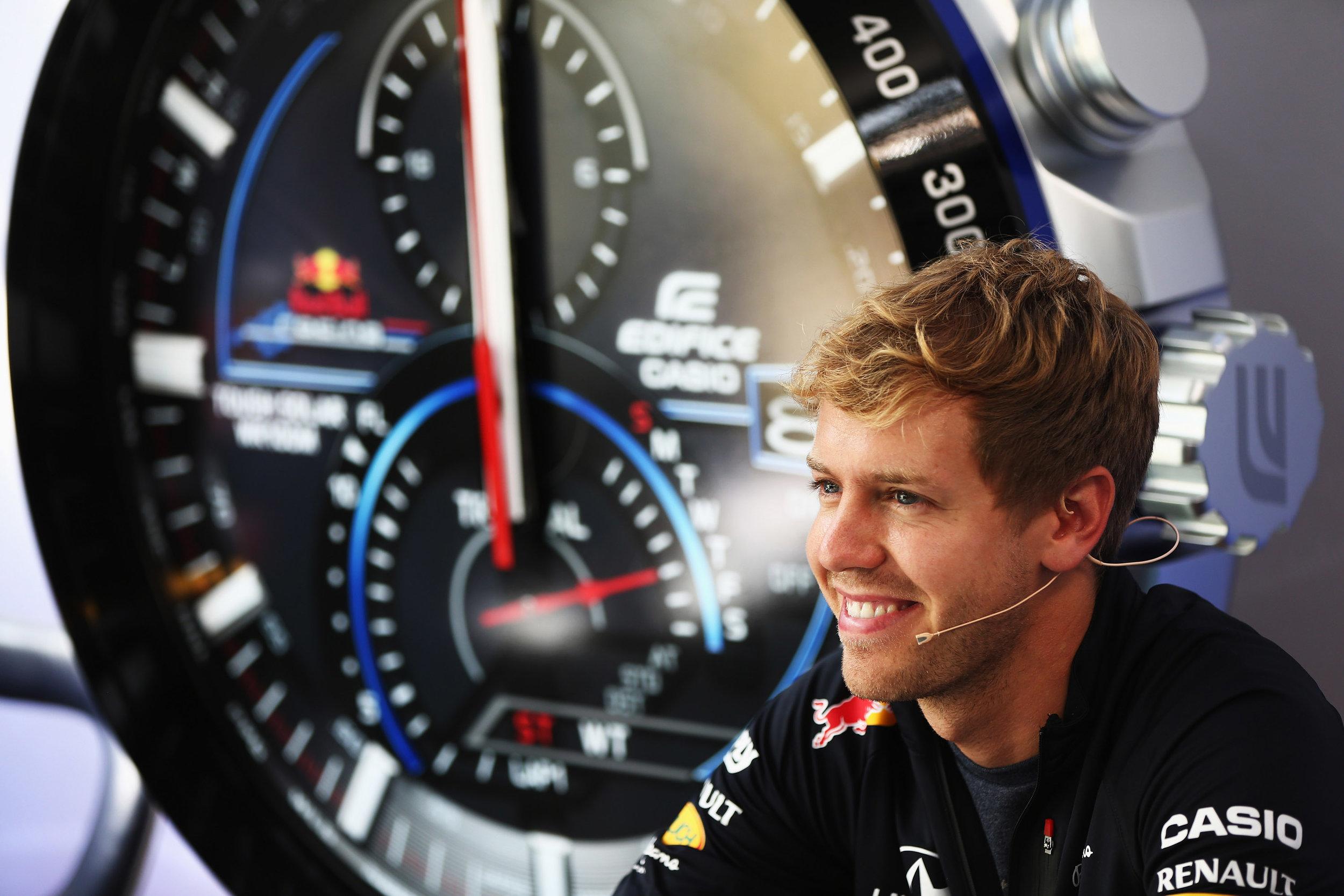 Vettel-with-Casio-edifice-watch-launch.jpg
