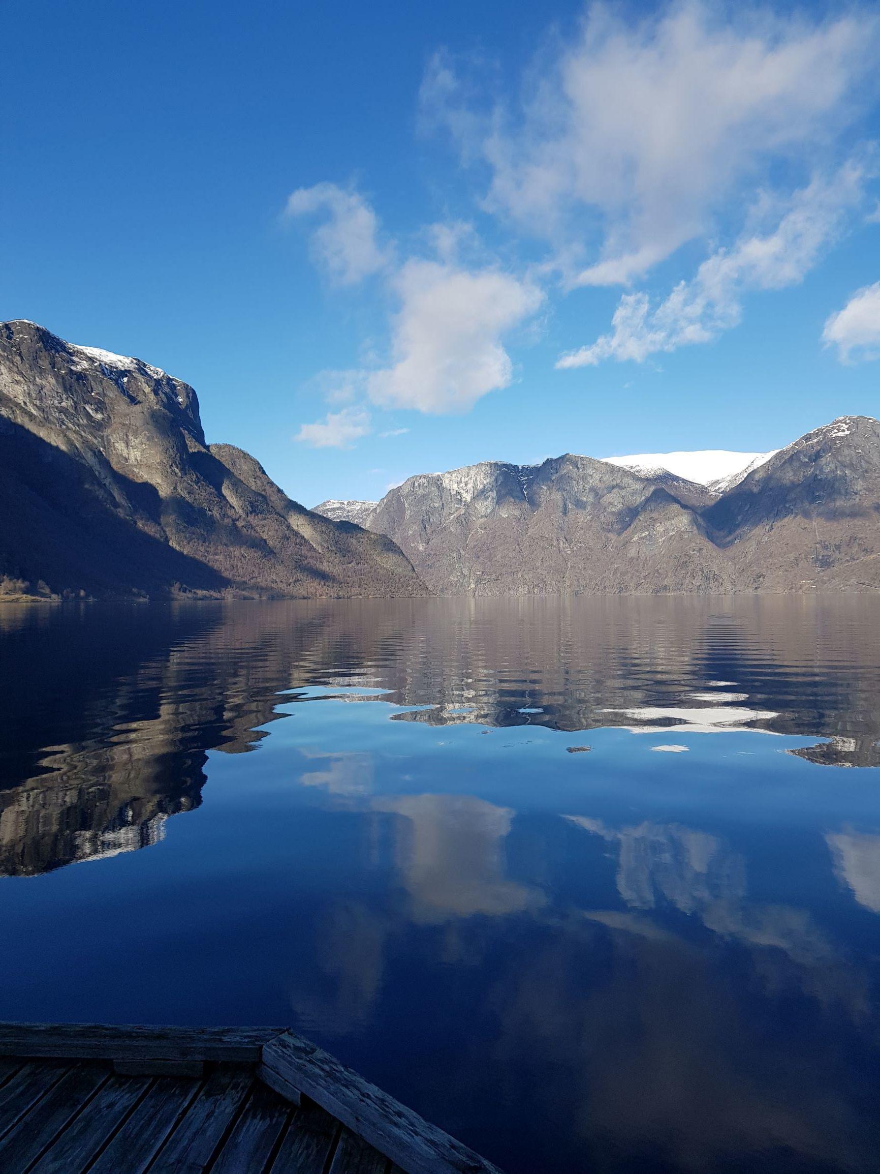 fjorden vår2.jpg