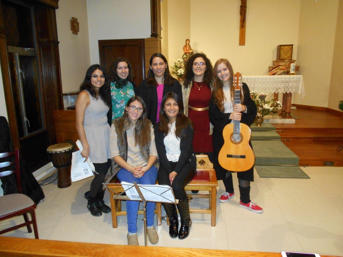 Struan House choir