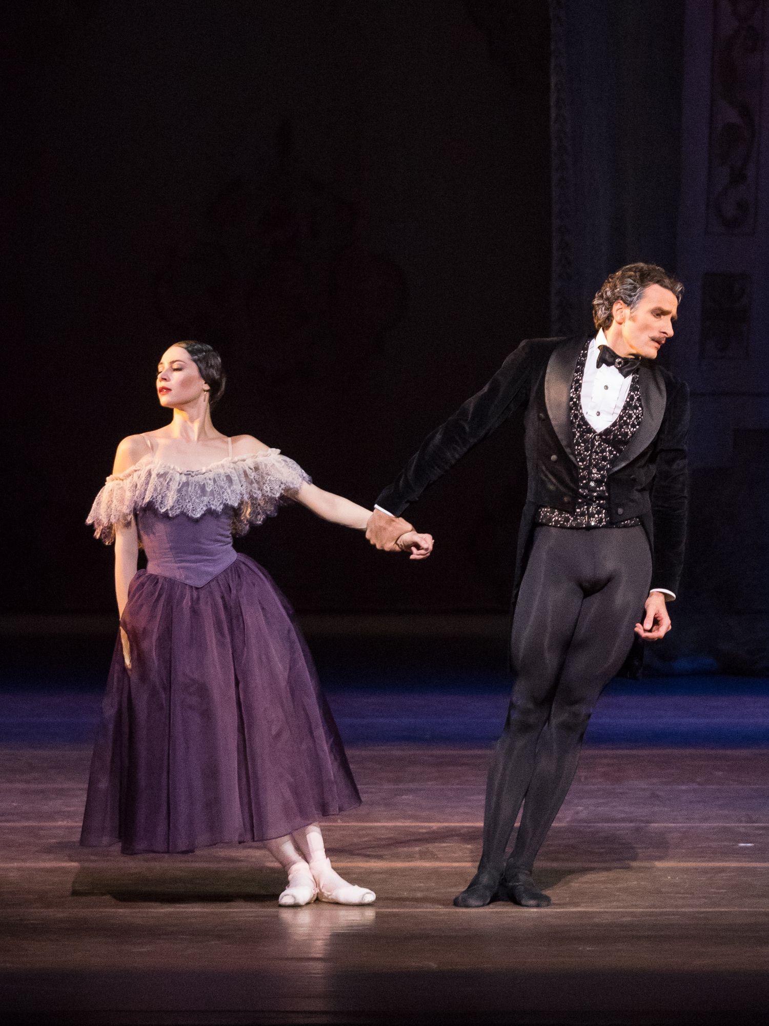 Maria Yakovleva/Roman Lazik: Copyright Wiener Staatsoper/ Ashley Taylor