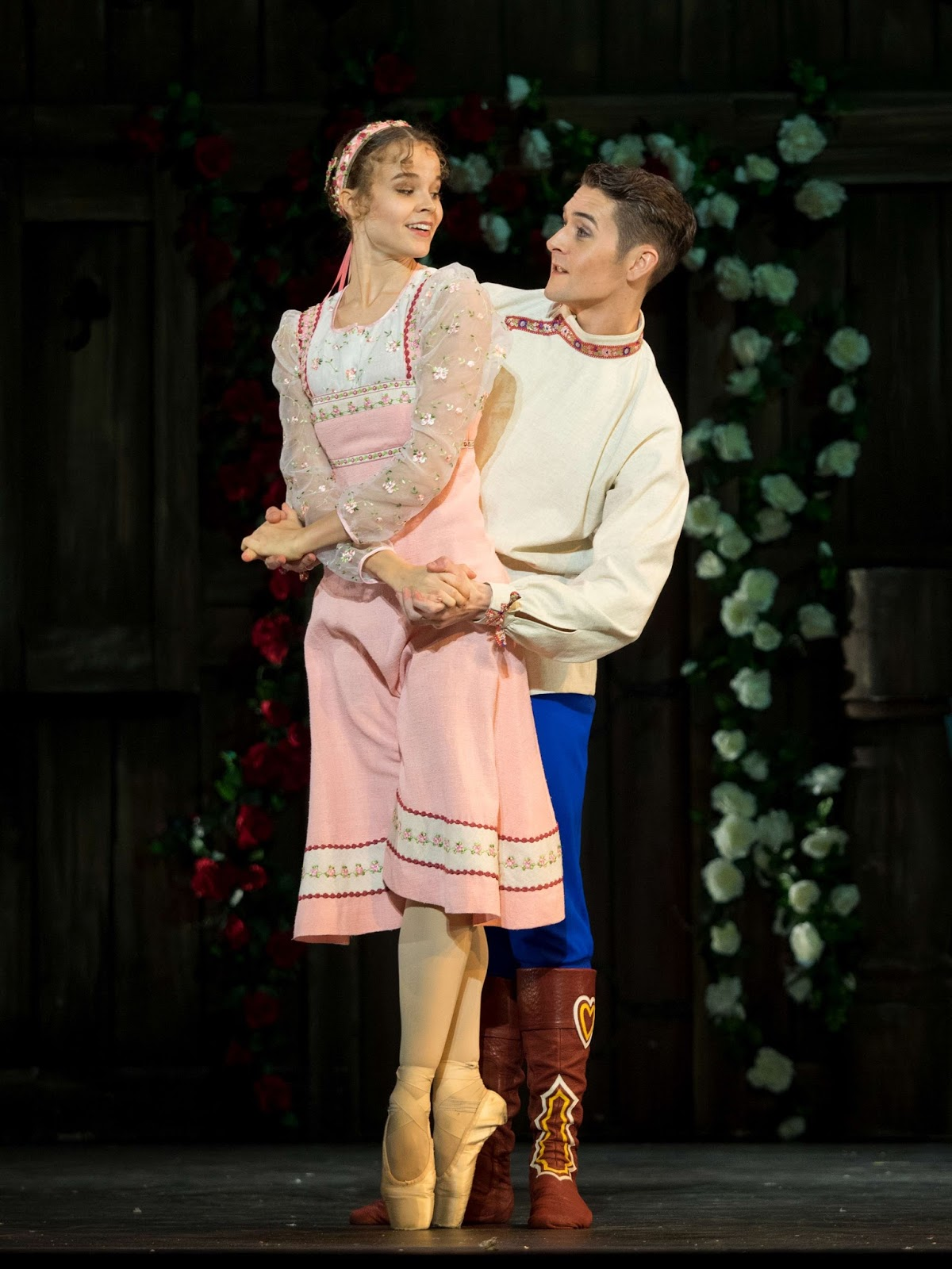 Tonoli/Matthews - picture: copyright State Opera