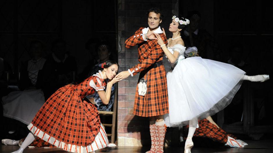 (above Nina Polakova, Roman Lazik & Maria Yakovleva, 2011/12 Season, Copyright: Wiener Staatsballet)