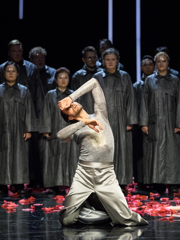 Roman Lazik  Copyright: Vienna State Ballet / Ashley Taylor