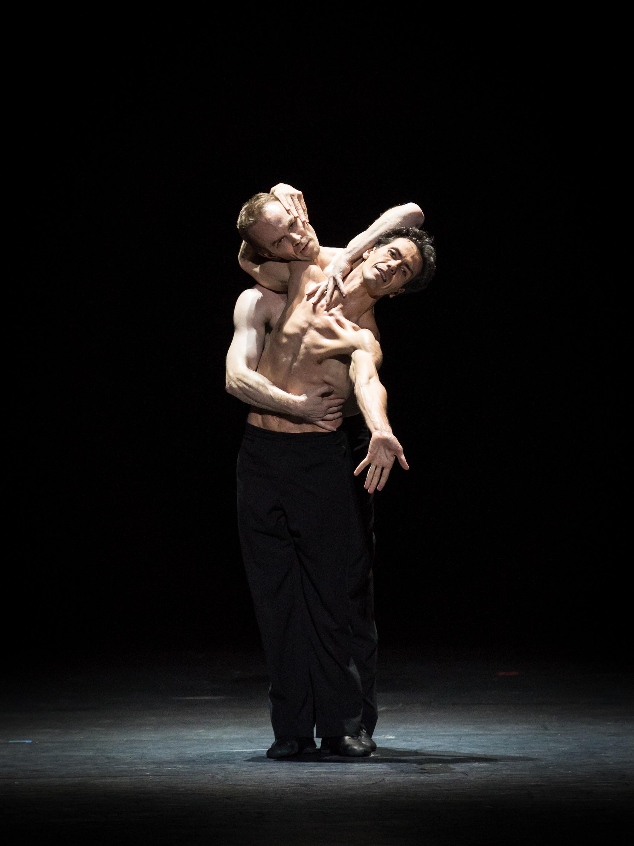 Alexander Riabko and Ivan Urban. Copyright: Vienna State Ballet/Ashley Taylor