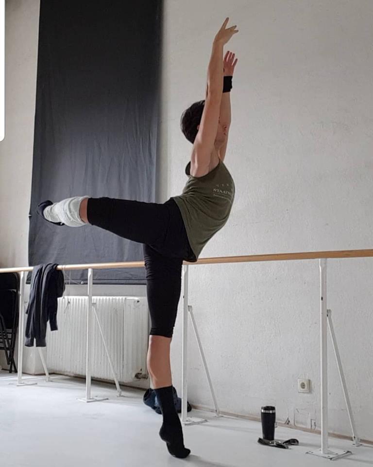 Sascha-Tcacenco_attitude_Ricardo-Leitner_Vienna-State-Ballet.jpg