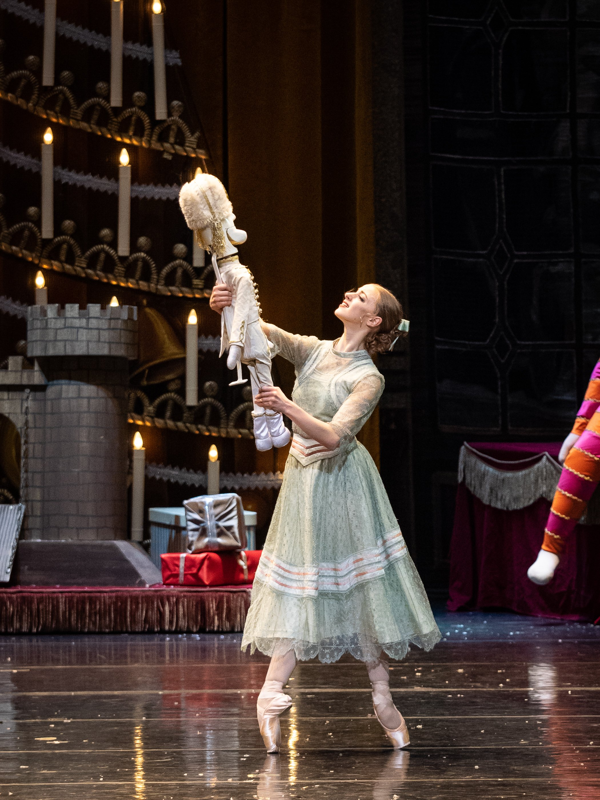 Copyright: Vienna State Ballet / Ashley Taylor  Sincerity, Suavity, Delicacy, Transparency: Natascha Mair as Clara